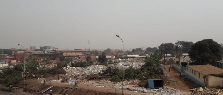 Article : En Guinée, le temps passe, l'histoire se répète et les démons se réveillent